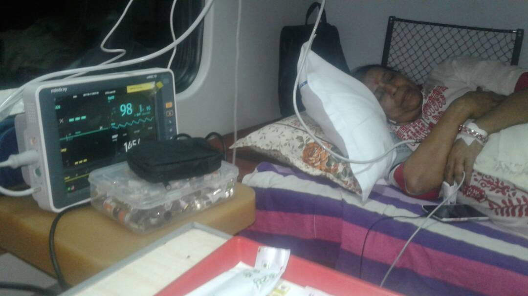 Patna to Delhi Patient Transfer with ICU Setup